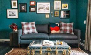 ideias para sala colorida com sofá cinza