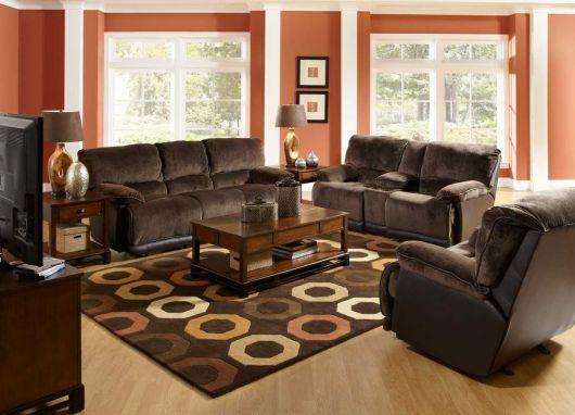 sala-com-sofa-marrom-com-laranja-combinado