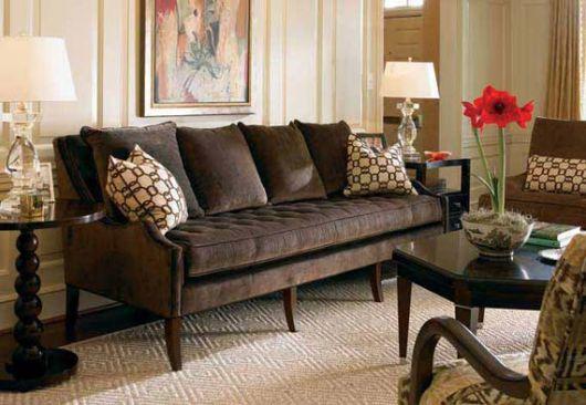 Sala com sof marrom ideias melhores combina es e 30 fotos for Como e living room em portugues