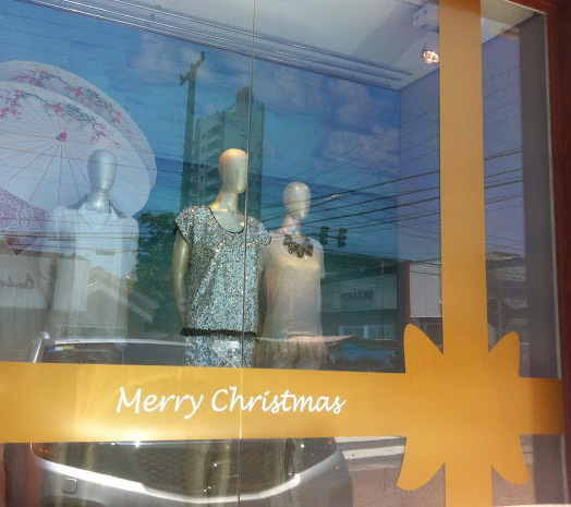 vitrine-de-natal-com-adesivo