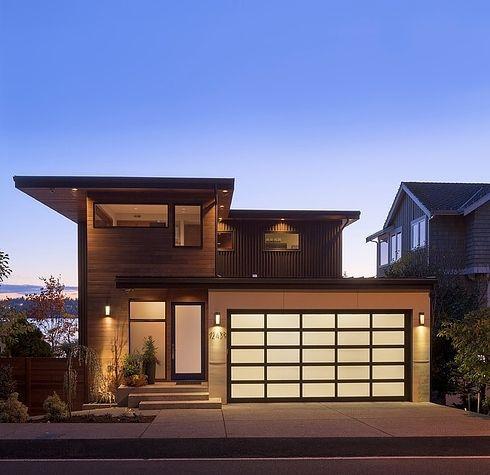 casa-marrom-com-telhado-embutido