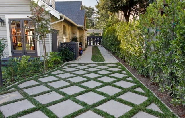 Fotos de calçadas residenciais com pisograma