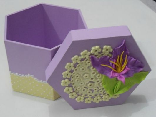caixinha lilás