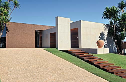 casa-marrom-modelo-platibanda