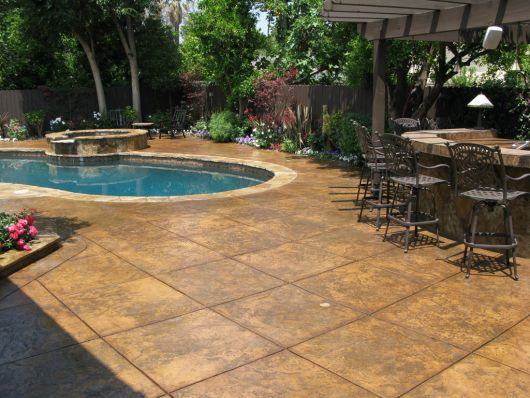 concreto-estampado-em-piscina-1