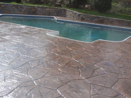 concreto-estampado-piscina