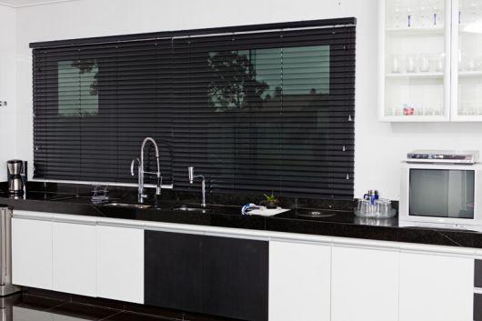 cortina persiana cozinha