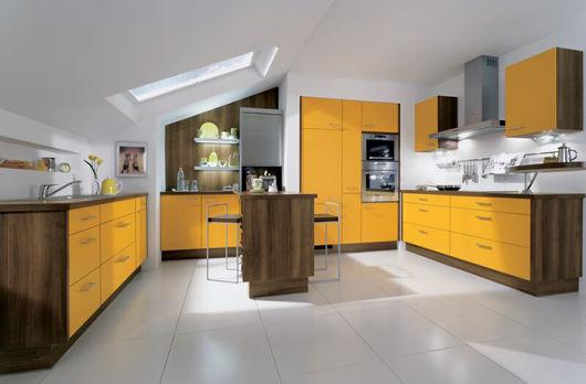 cozinha-marrom-e-amarela-projeto