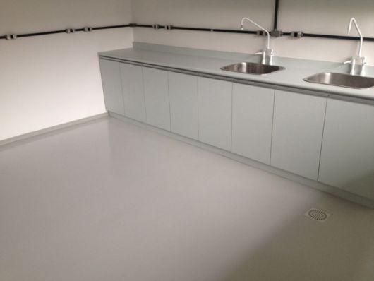 cozinha-piso-branco-epoxi