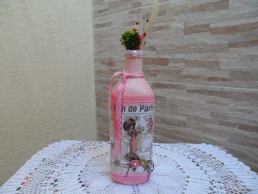 decorada em rosa