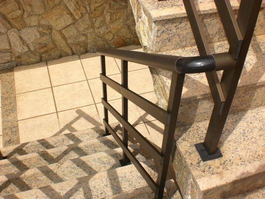 guarda-corpo-de-aluminio-bronze-escada