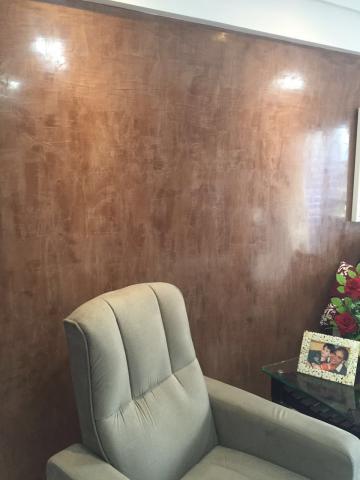 parede marrom decoração