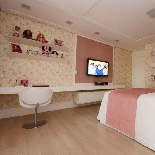 painel-de-tv-quarto-feminino-escrivaninha-1