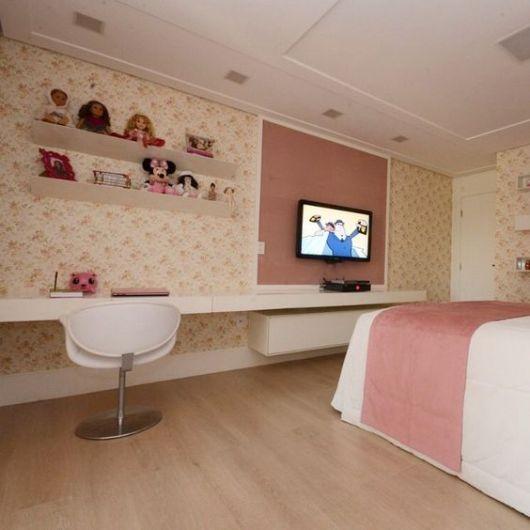 quarto infantil com TV