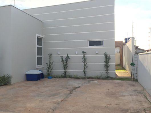 fachada cinza