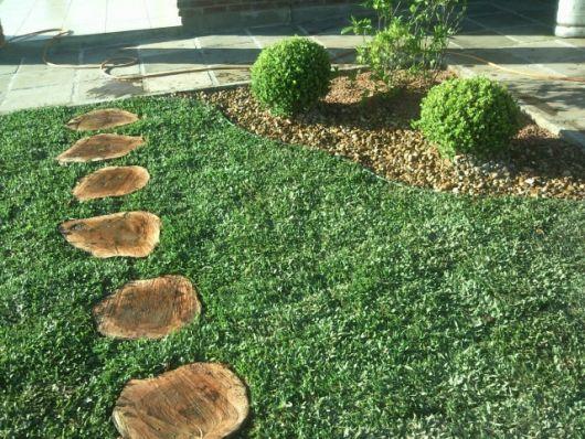 pisantes-para-jardim-troncos
