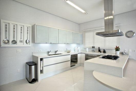 piso-branco-cozinha-acetinado-2