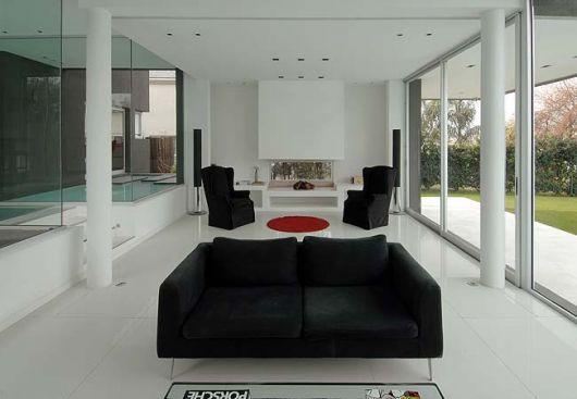 piso-branco-sala-porcelanato