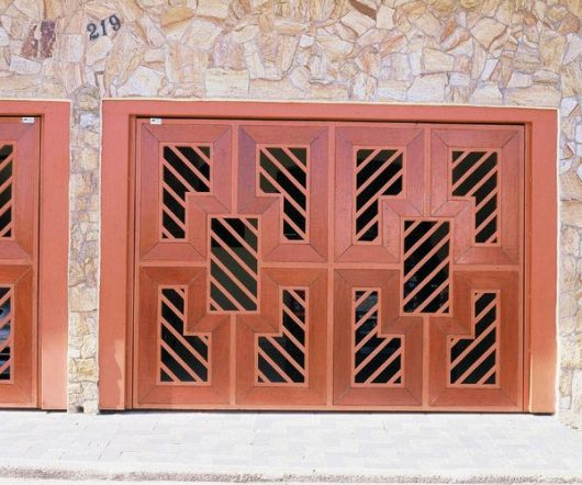 portao-de-madeira-com-ferro-4