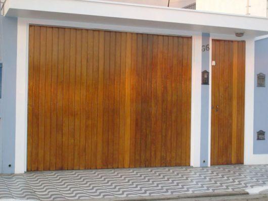 portao-de-madeira-lambri