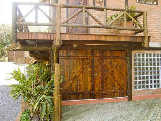 portao-de-madeira-rustico