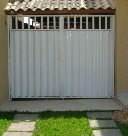 portão ondulado