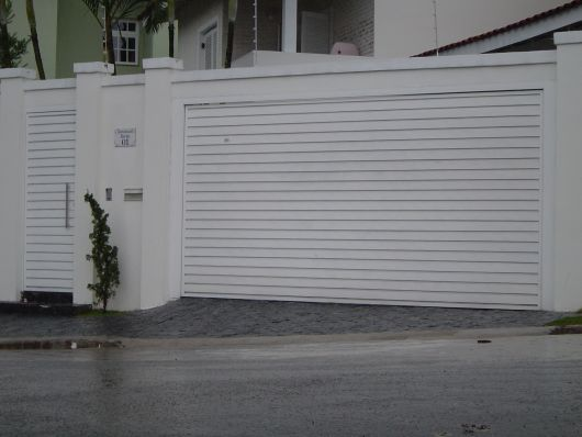 portão lambri branco