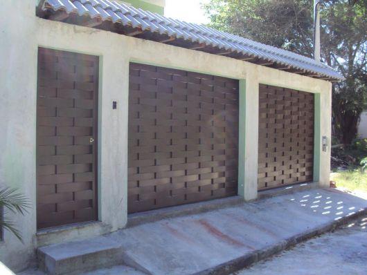 portão marrom