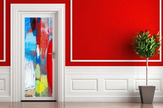 portas-decoradas-com-adesivo-colorido