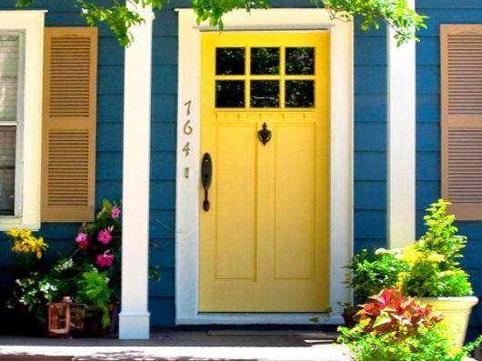 portas-decoradas-de-entrada-amarela