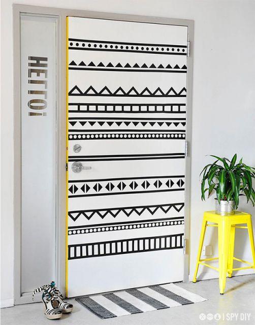 portas-decoradas-fitas-isolantes