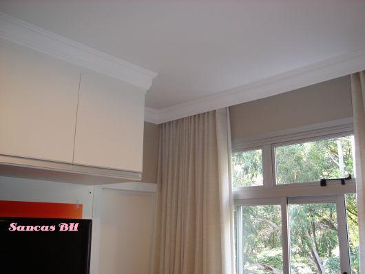cortineiro isopor