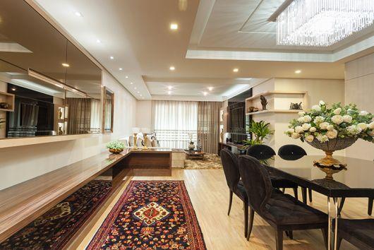 Pode Usar Tapete Na Sala De Jantar ~ No ambiente, os detalhes modernos, como mesa de jantar preta e