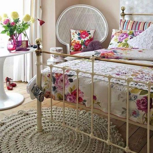 decoração colorida quarto