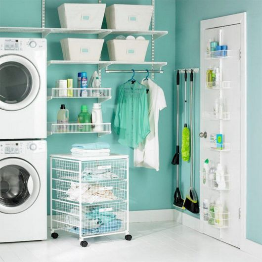 area-de-servico-simples-organizada-e-decorada
