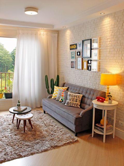 como-organizar-uma-sala-pequena-cortinas-leves