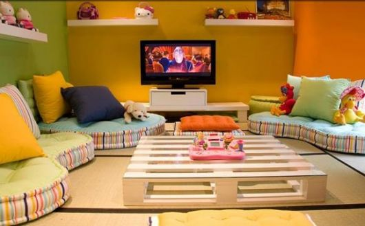 Sala Pequena Organizar ~  ideias bacanas que mostram como organizar uma sala pequena sem sofás