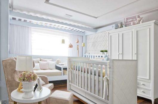 quarto-de-bebe-de-luxo-clean
