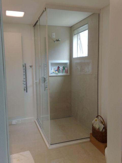 box-de-vidro-para-banheiro-ate-o-teto-2