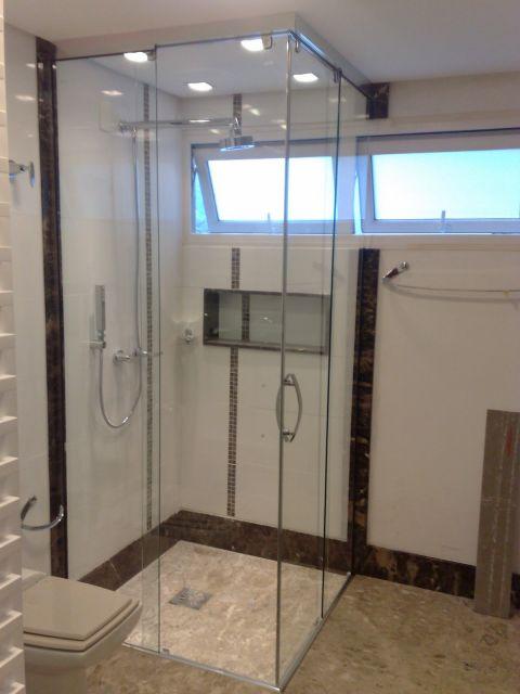 box-de-vidro-para-banheiro-ate-o-teto-3