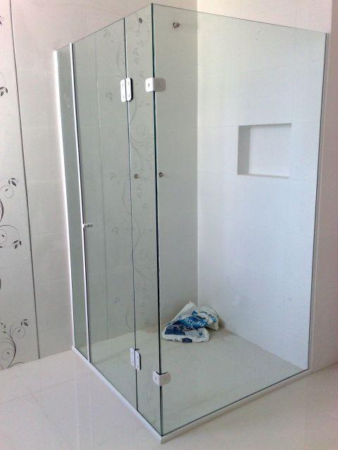 box-de-vidro-para-banheiro-de-canto-como-e