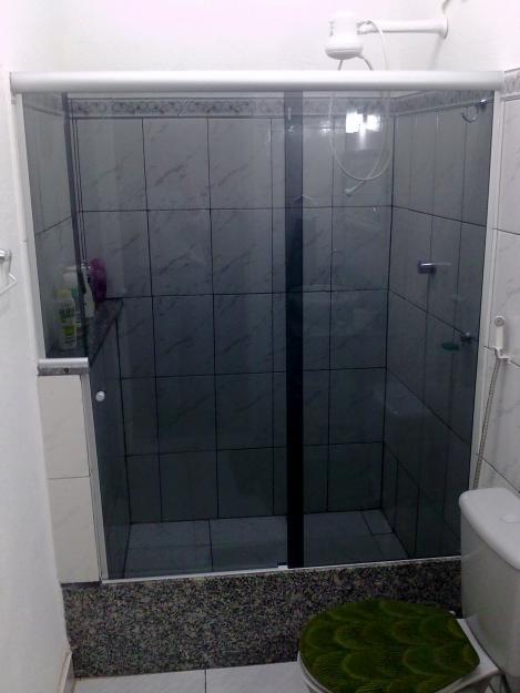 box-de-vidro-para-banheiro-fume-3