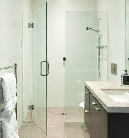 box-de-vidro-para-banheiro-porta-de-abrir