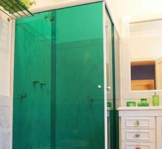 box-de-vidro-para-banheiro-verde-1