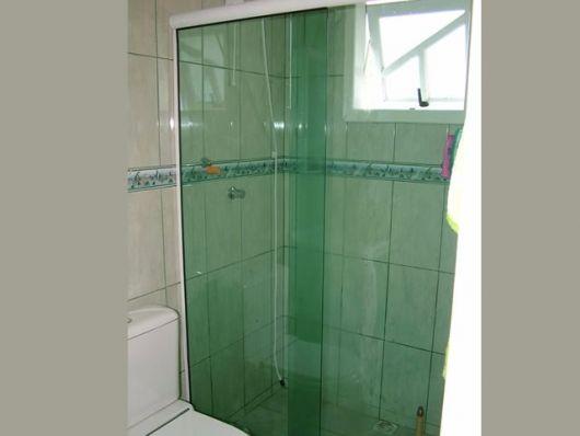 box-de-vidro-para-banheiro-verde-temperado