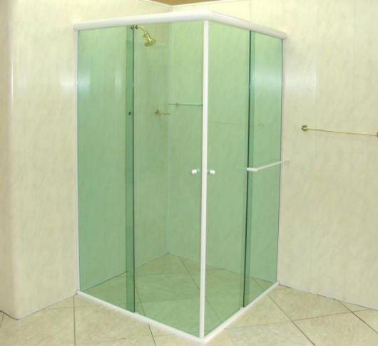 box-de-vidro-para-banheiro-verde