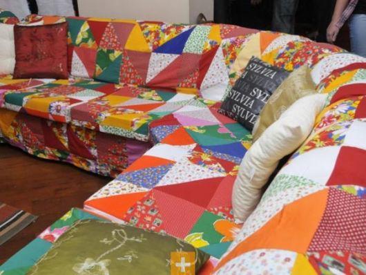 capa colorida sofá de canto