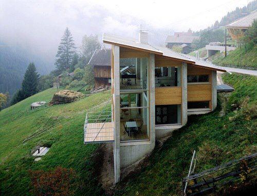 Casas em declive e aclive vale a pena dicas 36 projetos for Steep hillside home designs