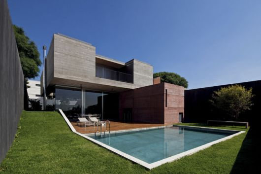 Casas em declive e aclive vale a pena dicas 36 projetos Piscinas estructurales