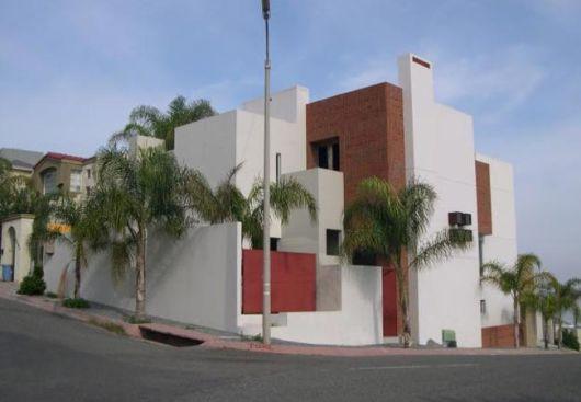 Casas em declive e aclive vale a pena dicas 36 projetos for Como alisar paredes irregulares